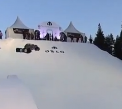 Iouri Podladtchikov   1st Place run at the Arctic Challenge Halfpipe 2013   YouTube