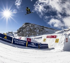Oneill_PleasureJam__Dachstein__action__Hunter_Wood__Roland_Haschka-QParks__033